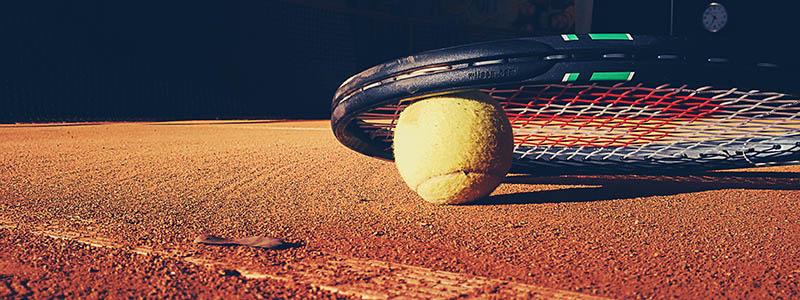 tennis henne strand